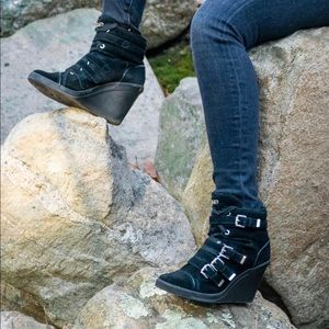 Black MK laced up wedged ankle boots